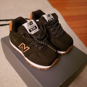 New New Balance baby infant sneakers